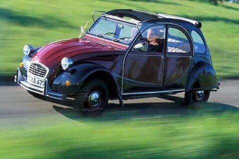 Un viaje al pasado en un Citroën 2 CV