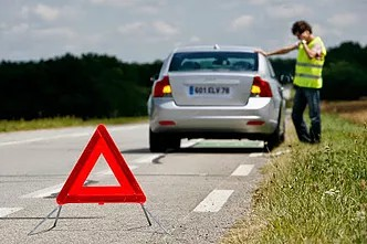 How to signal a breakdown of your car on the road